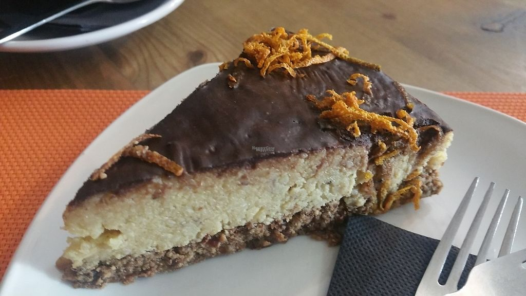 """Photo of Pash the Healthy Options   by <a href=""""/members/profile/Rosa%20veg"""">Rosa veg</a> <br/>Raw cake  <br/> April 24, 2017  - <a href='/contact/abuse/image/90997/252143'>Report</a>"""