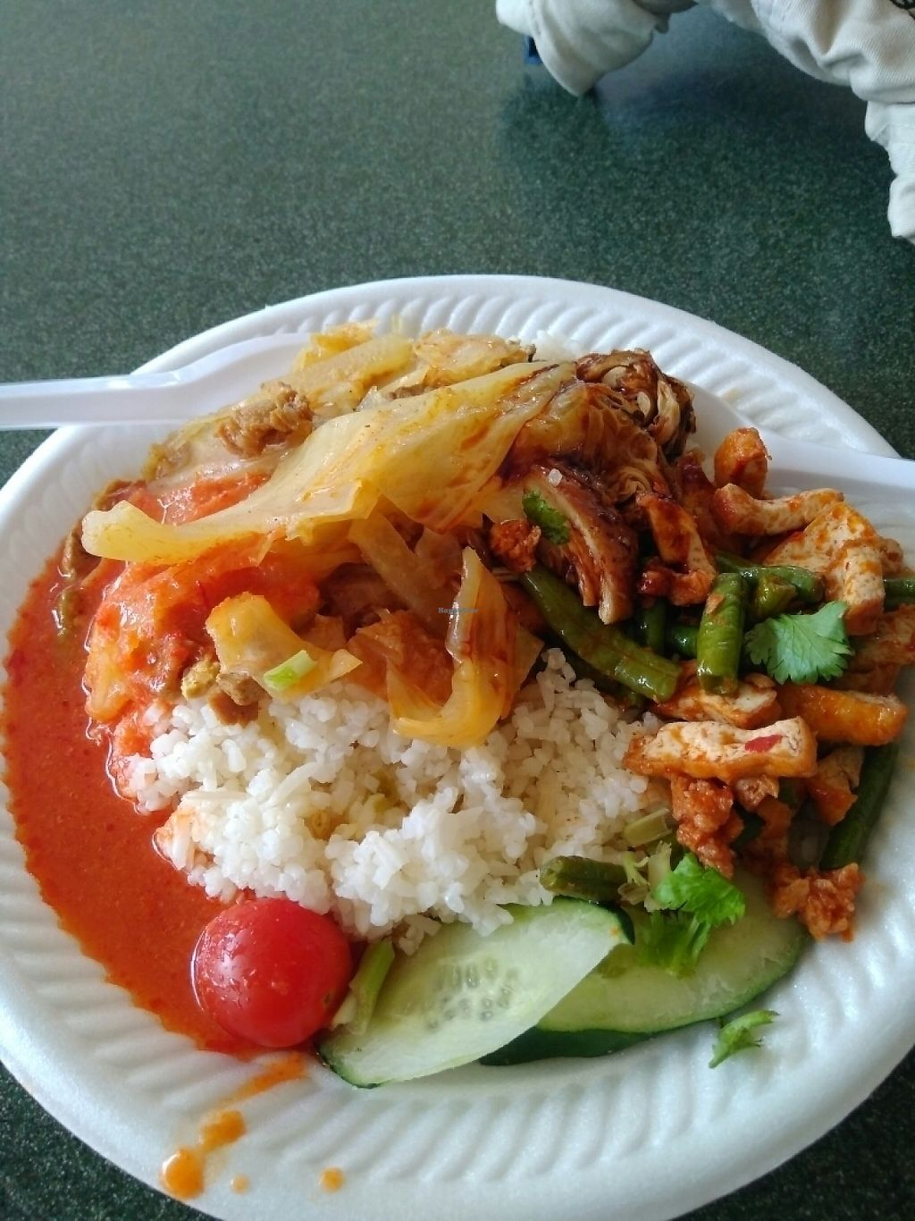 """Photo of Xiang Yuan  by <a href=""""/members/profile/RichardLee"""">RichardLee</a> <br/>Chicken Rice with added curry vegetables <br/> May 12, 2017  - <a href='/contact/abuse/image/91005/257984'>Report</a>"""