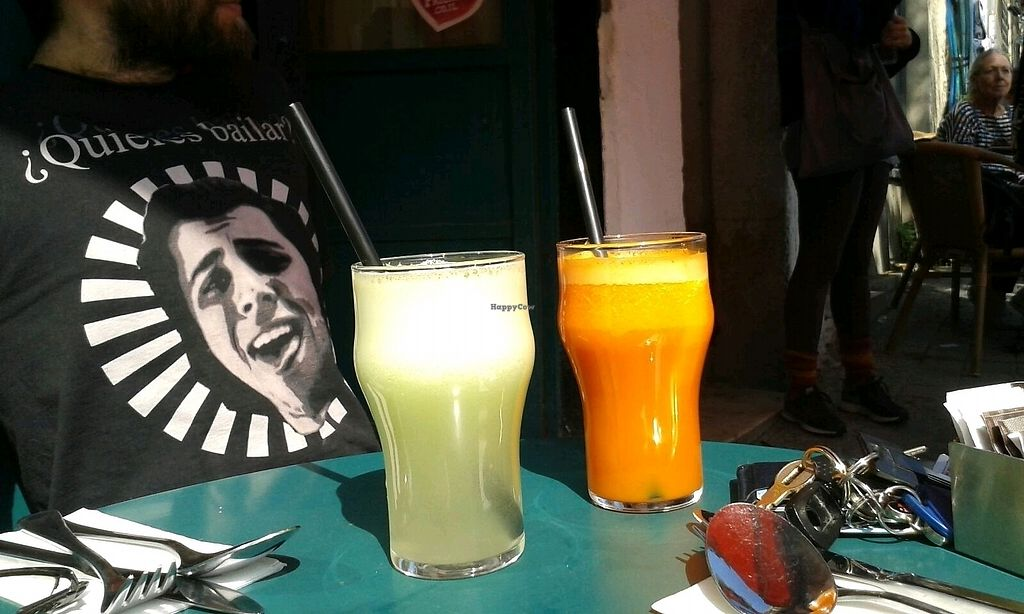 "Photo of Cafè Bastet  by <a href=""/members/profile/Shrekale"">Shrekale</a> <br/>freshly squeezed Apple juice and Carrot juice <br/> October 29, 2017  - <a href='/contact/abuse/image/91030/319933'>Report</a>"