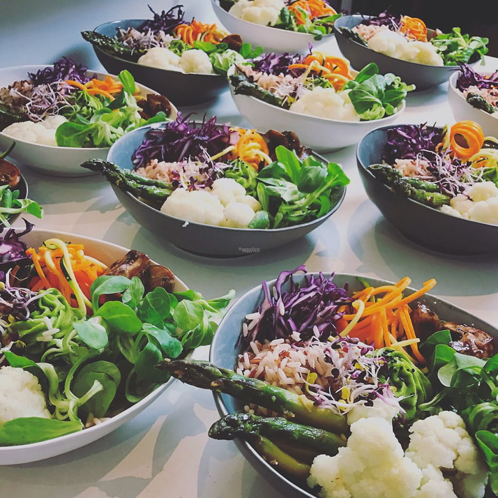 """Photo of THE GREEN  by <a href=""""/members/profile/Walz"""">Walz</a> <br/>Buddha Bowl <br/> April 25, 2017  - <a href='/contact/abuse/image/91039/252477'>Report</a>"""