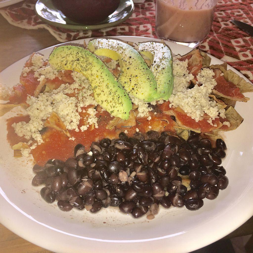 """Photo of Suwa Restaurante Vegano  by <a href=""""/members/profile/NebraskaLejonhj%C3%A4rta"""">NebraskaLejonhjärta</a> <br/>Chilaquiles <br/> February 4, 2018  - <a href='/contact/abuse/image/91062/354971'>Report</a>"""