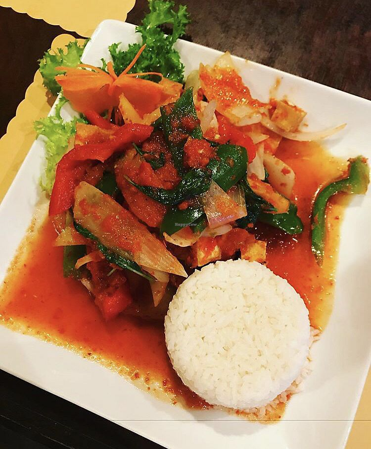 """Photo of Royal Thai  by <a href=""""/members/profile/Tabgreenvegan"""">Tabgreenvegan</a> <br/>Royal Thai  <br/> March 28, 2018  - <a href='/contact/abuse/image/91284/377456'>Report</a>"""