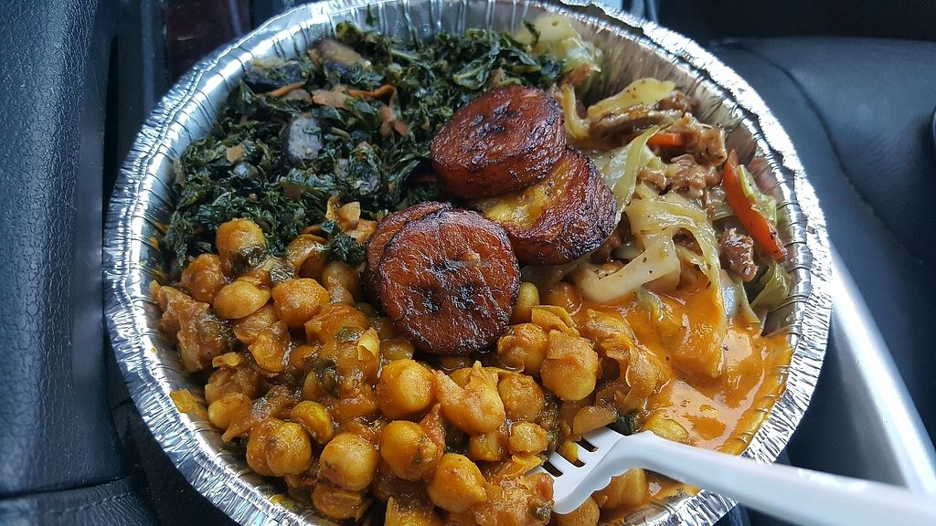 """Photo of Ninth Square Market Caribbean Style  by <a href=""""/members/profile/ollie33"""">ollie33</a> <br/>Ginger """"chicken"""", kale, curry chickpeas, plantains, homemade hot sauce <br/> October 12, 2017  - <a href='/contact/abuse/image/91314/314624'>Report</a>"""