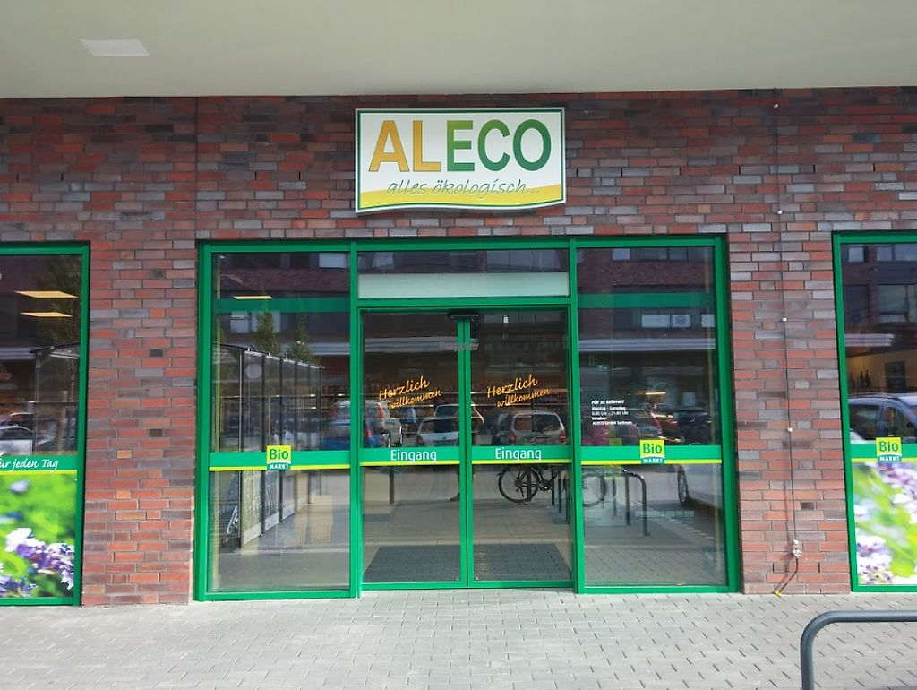 """Photo of Aleco - Mühlenviertel  by <a href=""""/members/profile/community5"""">community5</a> <br/>Aleco - Mühlenviertel <br/> April 30, 2017  - <a href='/contact/abuse/image/91363/253954'>Report</a>"""