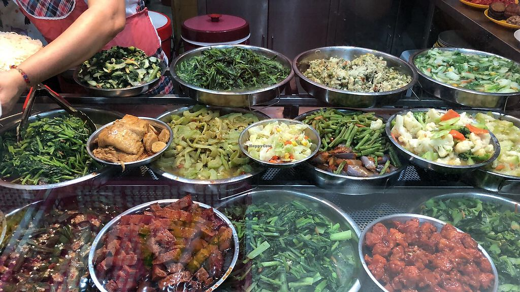 """Photo of Nanyang Polytechnic Block P - Vegetarian Stall  by <a href=""""/members/profile/CherylQuincy"""">CherylQuincy</a> <br/>Veggie selection <br/> January 22, 2018  - <a href='/contact/abuse/image/91382/349646'>Report</a>"""