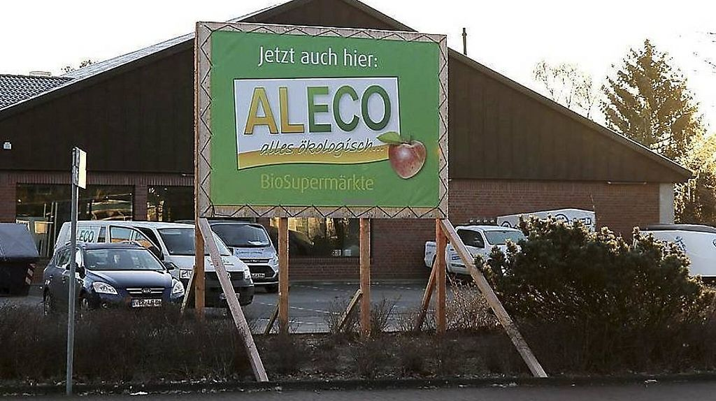 "Photo of Aleco - Verden  by <a href=""/members/profile/community5"">community5</a> <br/>Aleco - Verden <br/> April 30, 2017  - <a href='/contact/abuse/image/91394/254137'>Report</a>"