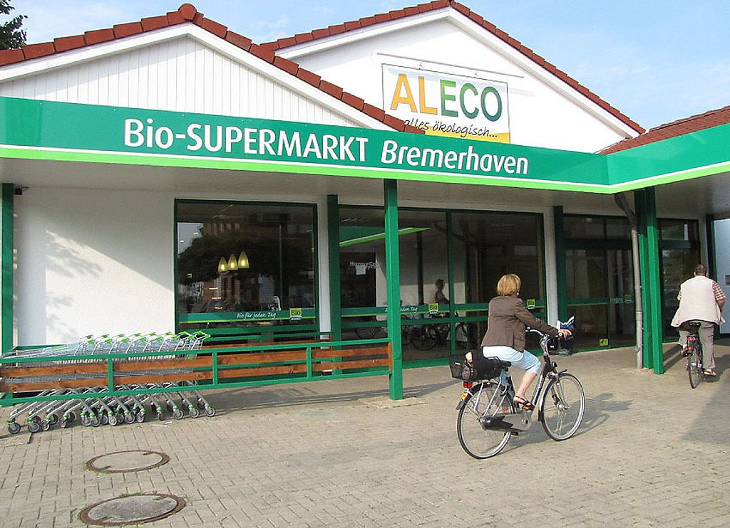 """Photo of Aleco - Bremerhaven  by <a href=""""/members/profile/community5"""">community5</a> <br/>Aleco - Bremerhaven <br/> April 30, 2017  - <a href='/contact/abuse/image/91404/254175'>Report</a>"""