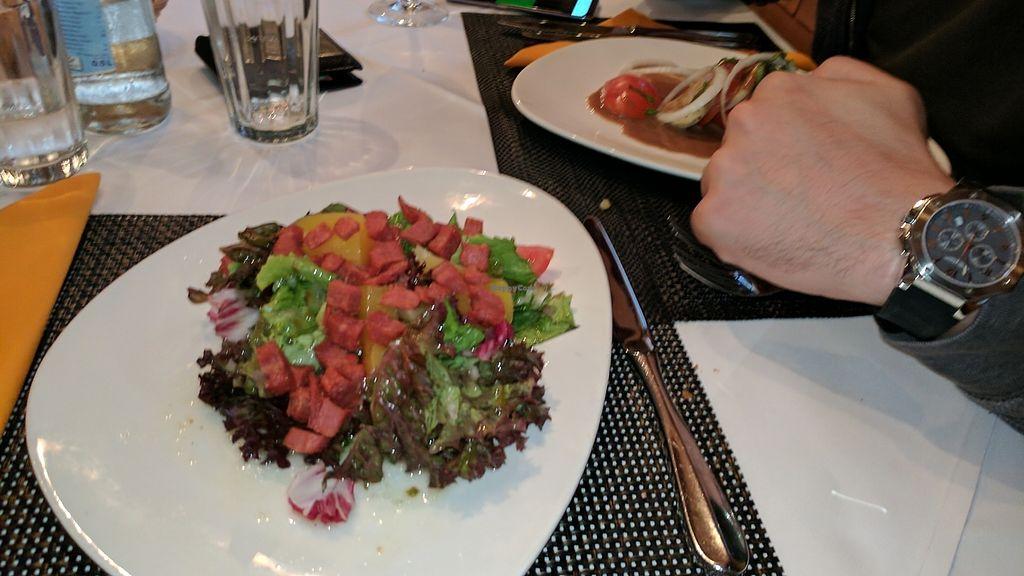 "Photo of Laegernstuebli  by <a href=""/members/profile/yodimom"">yodimom</a> <br/>salat mit knusprigen vegan speck / salat with crispy vegan bacon   <br/> July 27, 2017  - <a href='/contact/abuse/image/91420/285390'>Report</a>"