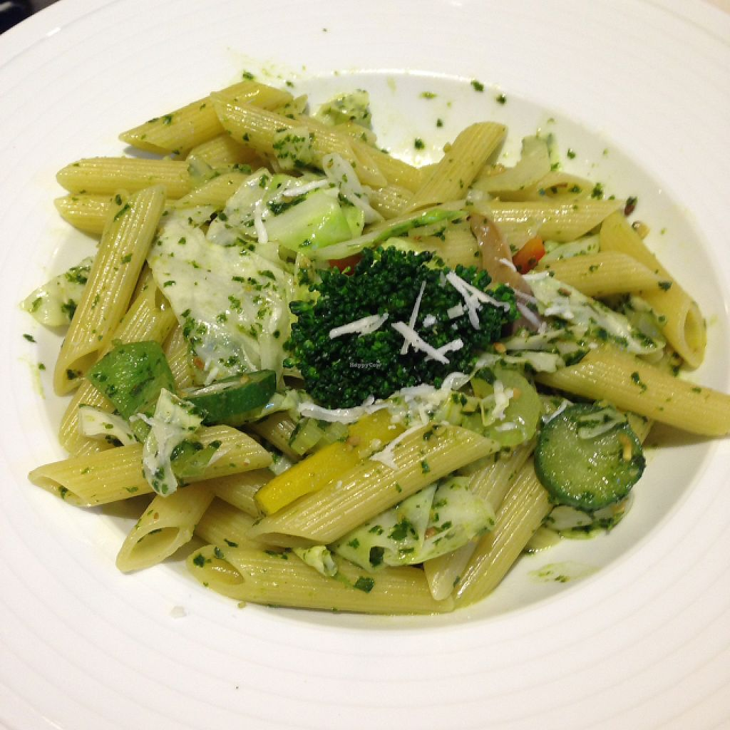 """Photo of Veggie Wonderland  by <a href=""""/members/profile/bruixa86"""">bruixa86</a> <br/>vegetarian macarroni <br/> May 18, 2017  - <a href='/contact/abuse/image/91488/259928'>Report</a>"""