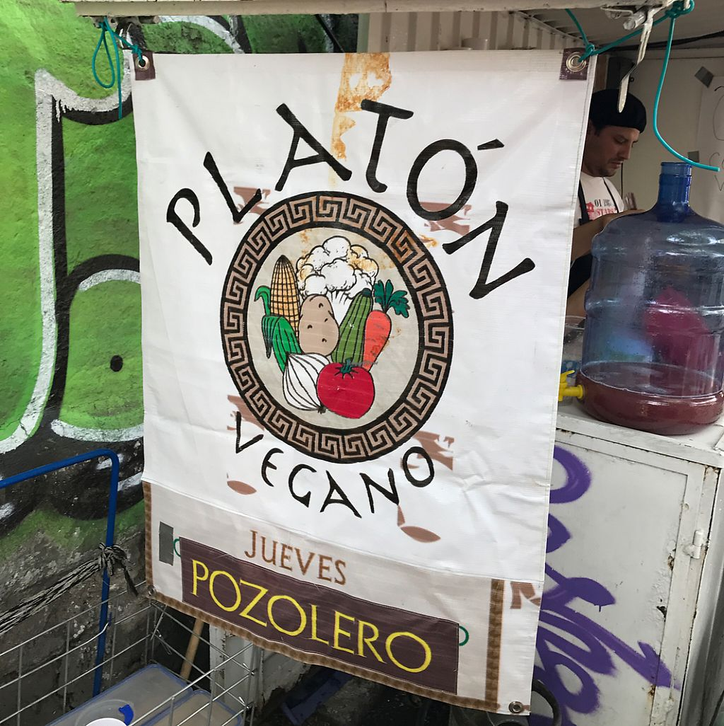 """Photo of CLOSED: Platon Vegano - Food Truck  by <a href=""""/members/profile/AlbertoXLush"""">AlbertoXLush</a> <br/>Platón Vegano  <br/> May 22, 2017  - <a href='/contact/abuse/image/91561/261489'>Report</a>"""