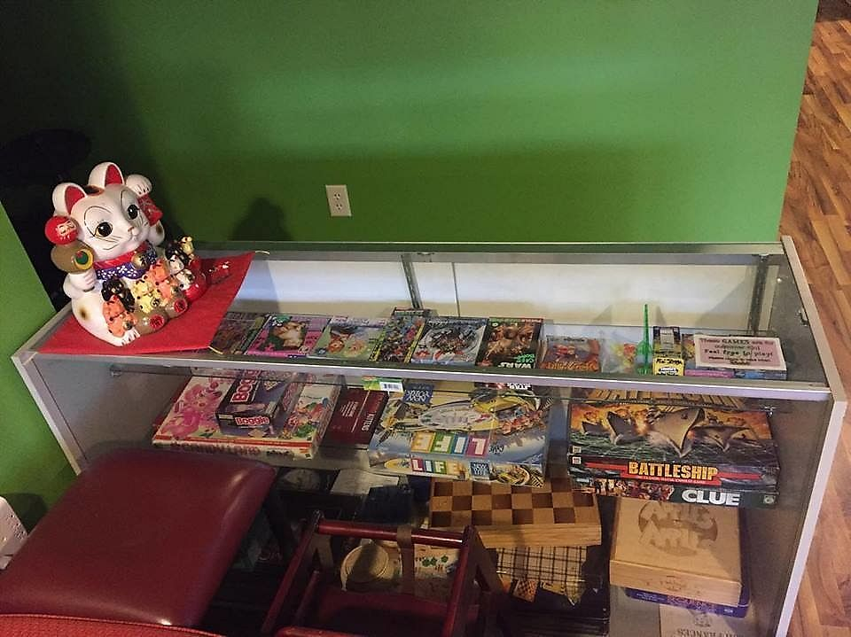 """Photo of Cafe Boba  by <a href=""""/members/profile/shellxvictoria"""">shellxvictoria</a> <br/>Board games and card games available to play <br/> July 19, 2017  - <a href='/contact/abuse/image/91585/282264'>Report</a>"""