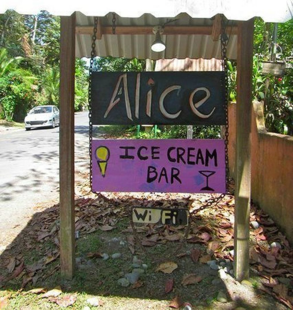 "Photo of Alice Ice Cream Bar  by <a href=""/members/profile/community5"">community5</a> <br/>Alice Ice Cream Bar <br/> May 6, 2017  - <a href='/contact/abuse/image/91598/256206'>Report</a>"
