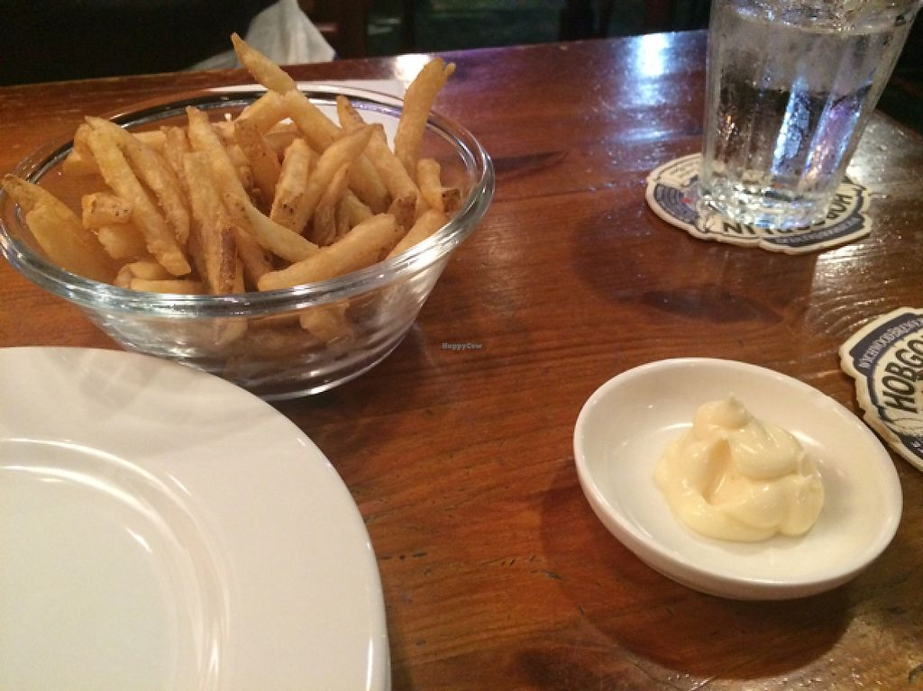 """Photo of Hobgoblin - Roppongi  by <a href=""""/members/profile/Meirella"""">Meirella</a> <br/>crispy fries with vegan mayo <br/> June 4, 2017  - <a href='/contact/abuse/image/91643/265721'>Report</a>"""