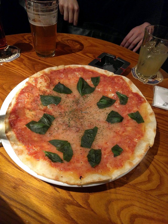 "Photo of Hobgoblin - Shibuya  by <a href=""/members/profile/alisahimsa"">alisahimsa</a> <br/>margherita pizza  <br/> March 3, 2018  - <a href='/contact/abuse/image/91644/366161'>Report</a>"