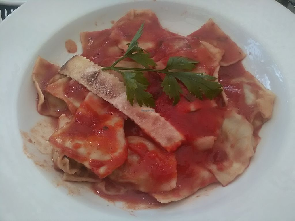 """Photo of Da Vicenzo  by <a href=""""/members/profile/Wolfmoon"""">Wolfmoon</a> <br/>Pomodoro ravioli <br/> February 25, 2018  - <a href='/contact/abuse/image/91655/363565'>Report</a>"""