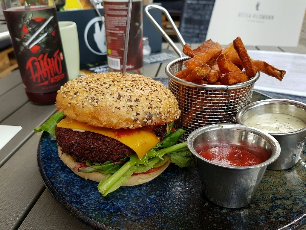 """Photo of Attila Hildmann Vegan Food  by <a href=""""/members/profile/Tank242"""">Tank242</a> <br/>Veganator+Cheese  Menue <br/> September 27, 2017  - <a href='/contact/abuse/image/91807/309061'>Report</a>"""