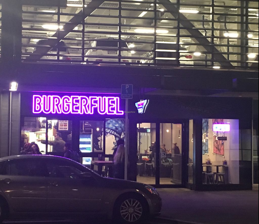 "Photo of BurgerFuel - BNZ Center  by <a href=""/members/profile/AimeeS"">AimeeS</a> <br/>Front view <br/> May 9, 2017  - <a href='/contact/abuse/image/91828/257321'>Report</a>"