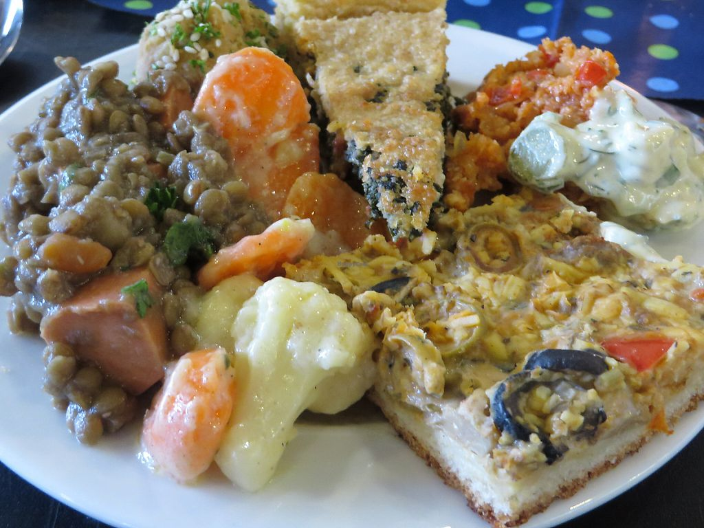 """Photo of Vegan Brunch Saarlouis Potluck  by <a href=""""/members/profile/VegiAnna"""">VegiAnna</a> <br/>example of a plate <br/> May 14, 2017  - <a href='/contact/abuse/image/91861/258820'>Report</a>"""