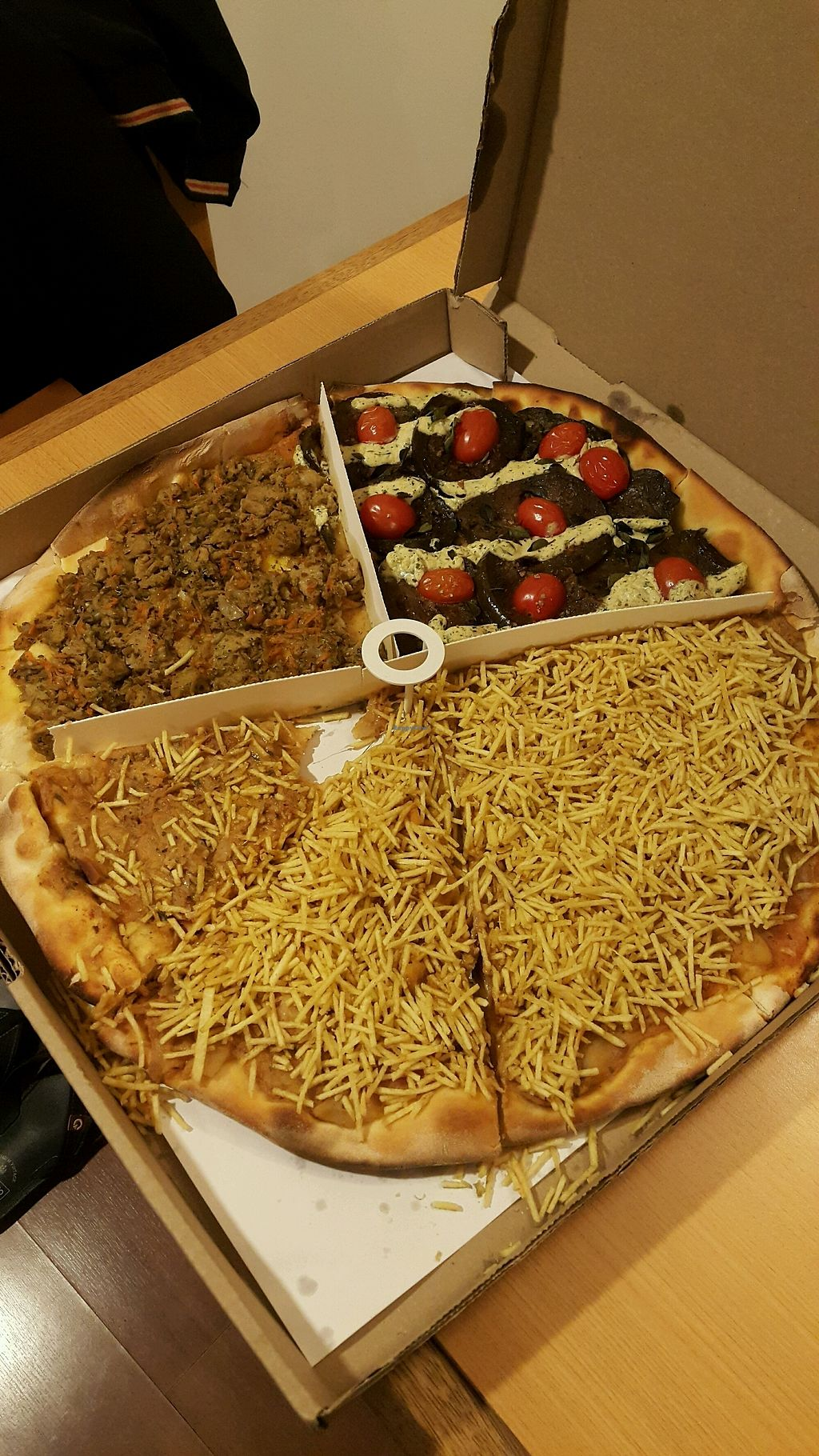 """Photo of Opte Pizzas  by <a href=""""/members/profile/andreialemos1"""">andreialemos1</a> <br/>Pizza <br/> March 29, 2018  - <a href='/contact/abuse/image/91871/378021'>Report</a>"""