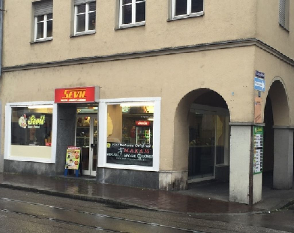 "Photo of Sevil Döner-Pizza-Grill-Vegi Imbiss  by <a href=""/members/profile/community5"">community5</a> <br/>Sevil <br/> May 10, 2017  - <a href='/contact/abuse/image/91887/257684'>Report</a>"