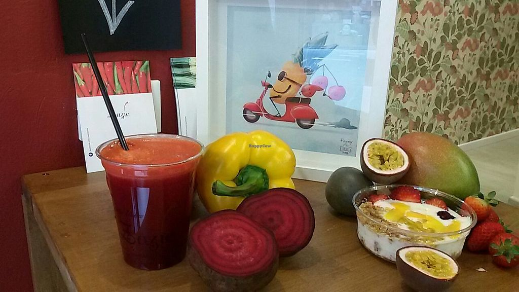 """Photo of Zazie  by <a href=""""/members/profile/RobertaSabelli"""">RobertaSabelli</a> <br/>Fresh juice and fruits dessert <br/> May 10, 2017  - <a href='/contact/abuse/image/91925/257668'>Report</a>"""