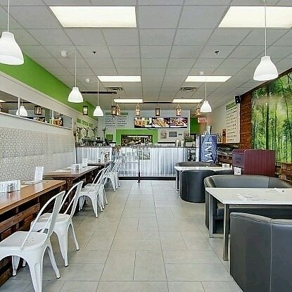 """Photo of CLOSED: Zone Express Sante  by <a href=""""/members/profile/c.fortin"""">c.fortin</a> <br/>Intérieur de restaurant <br/> August 30, 2017  - <a href='/contact/abuse/image/91933/299036'>Report</a>"""