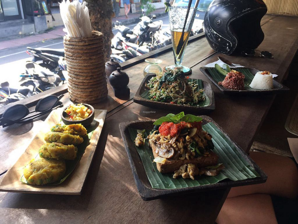 """Photo of Atman Nourish Kafe  by <a href=""""/members/profile/Bdizzle"""">Bdizzle</a> <br/>samosas, tempeh scramble, urap-urap with 2 types of rice (left to right) <br/> May 19, 2017  - <a href='/contact/abuse/image/91940/260148'>Report</a>"""