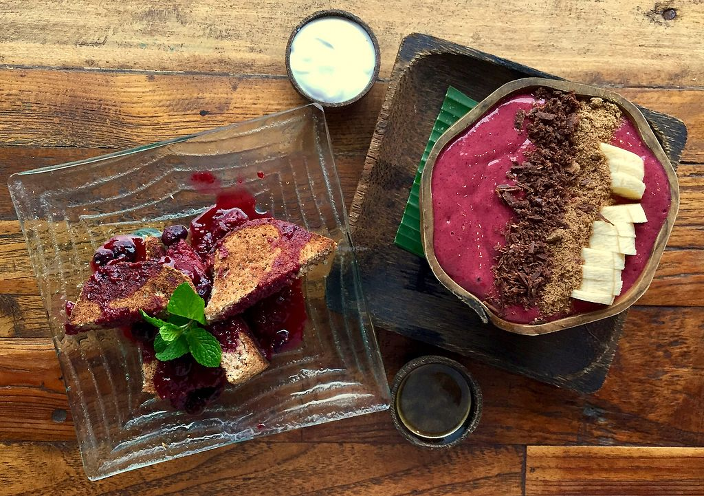 """Photo of Atman Nourish Kafe  by <a href=""""/members/profile/Aksweetman"""">Aksweetman</a> <br/>Acai Bowl and Coconut Bread <br/> July 23, 2017  - <a href='/contact/abuse/image/91940/283794'>Report</a>"""