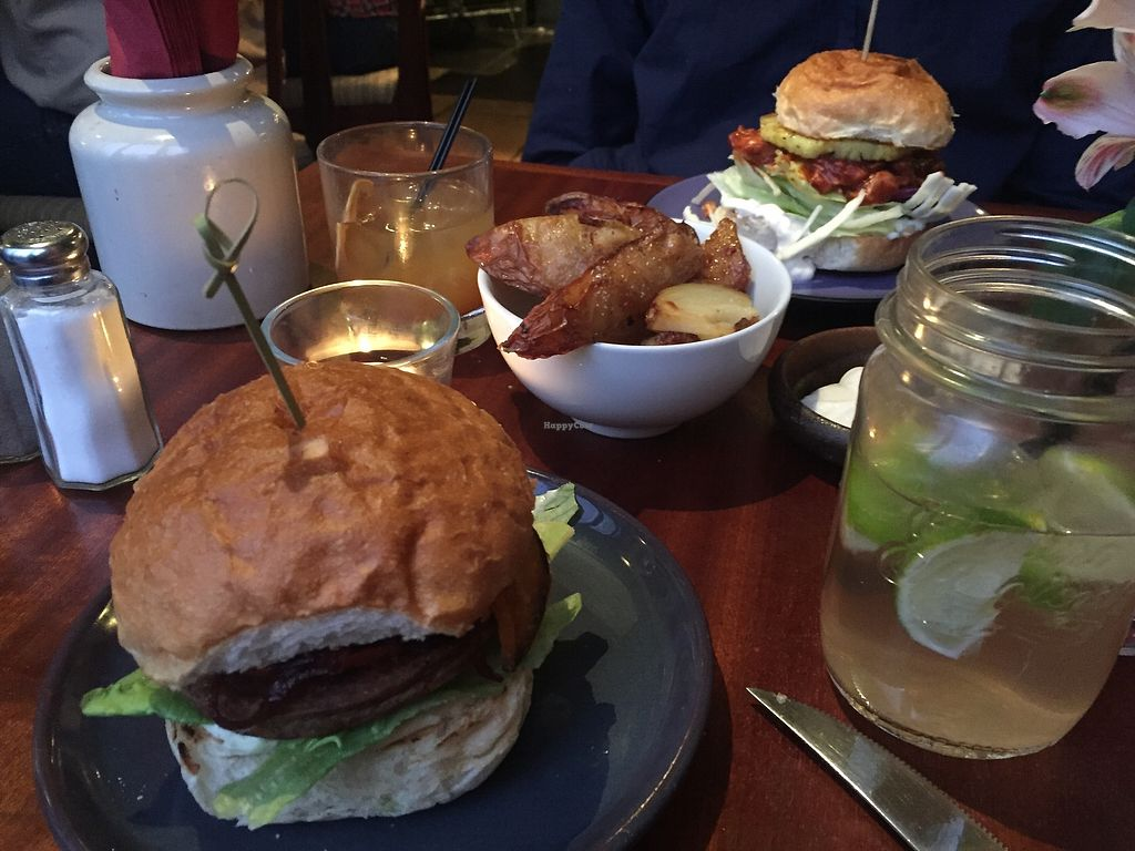 """Photo of Haunt  by <a href=""""/members/profile/alice28"""">alice28</a> <br/>Amazing cheeseburger! <br/> March 1, 2018  - <a href='/contact/abuse/image/91962/365333'>Report</a>"""