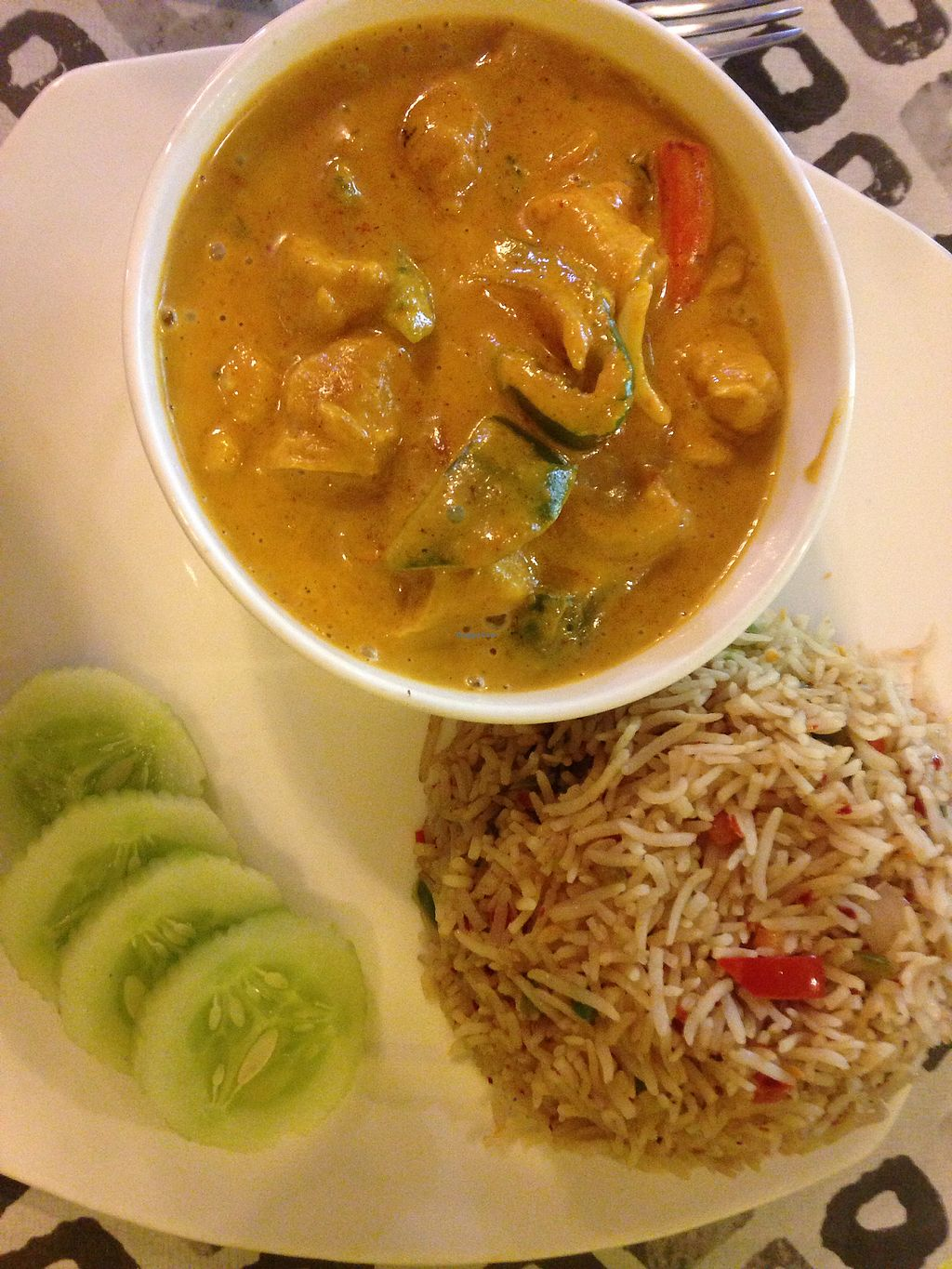 "Photo of Ashvita Nirvana  by <a href=""/members/profile/SophieCarolyn"">SophieCarolyn</a> <br/>Yellow curry with fried rice <br/> April 4, 2018  - <a href='/contact/abuse/image/92013/380663'>Report</a>"