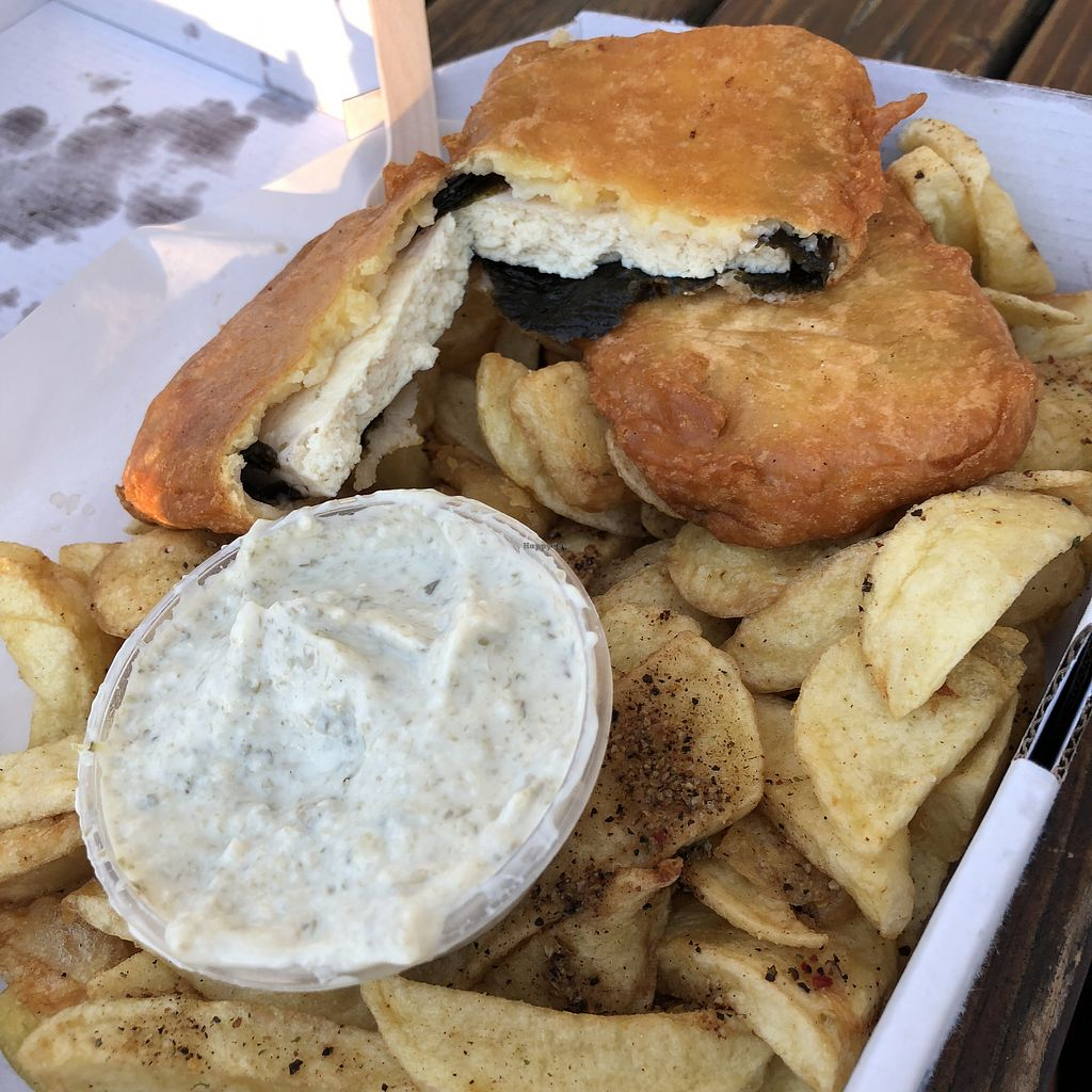 "Photo of Shakey Shakey  by <a href=""/members/profile/TARAMCDONALD"">TARAMCDONALD</a> <br/>Tofish and chips with homemade tartare sauce also vegan <br/> April 22, 2018  - <a href='/contact/abuse/image/92044/389552'>Report</a>"