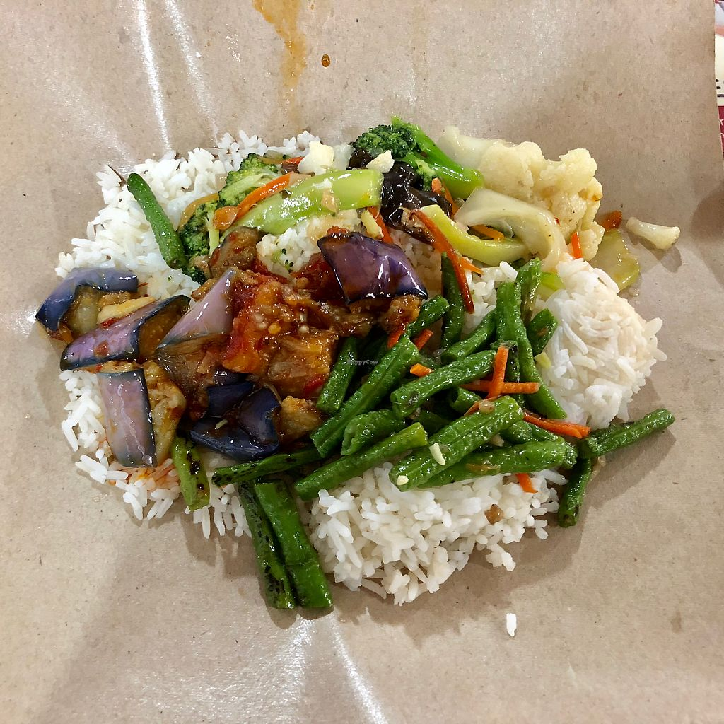 "Photo of 3 Veg Rice - Ang Mo Kio  by <a href=""/members/profile/CherylQuincy"">CherylQuincy</a> <br/>$2.50 <br/> April 16, 2018  - <a href='/contact/abuse/image/92061/386711'>Report</a>"