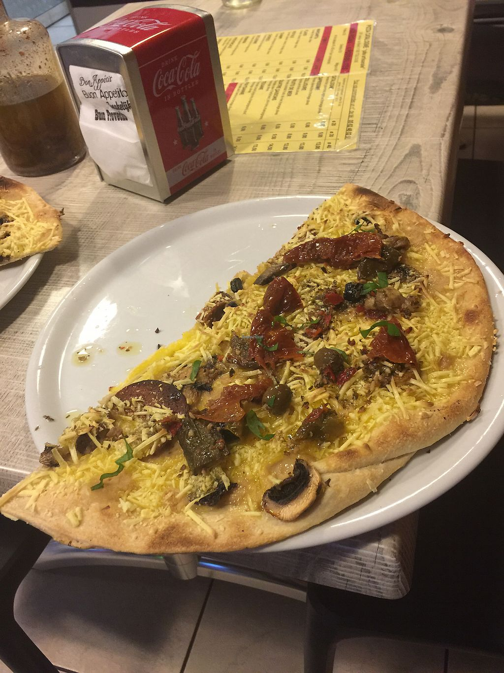"""Photo of Pizza Catalogne  by <a href=""""/members/profile/Marie-Lucile"""">Marie-Lucile</a> <br/>Demi pizza vegan base bleu  <br/> September 22, 2017  - <a href='/contact/abuse/image/92068/307221'>Report</a>"""