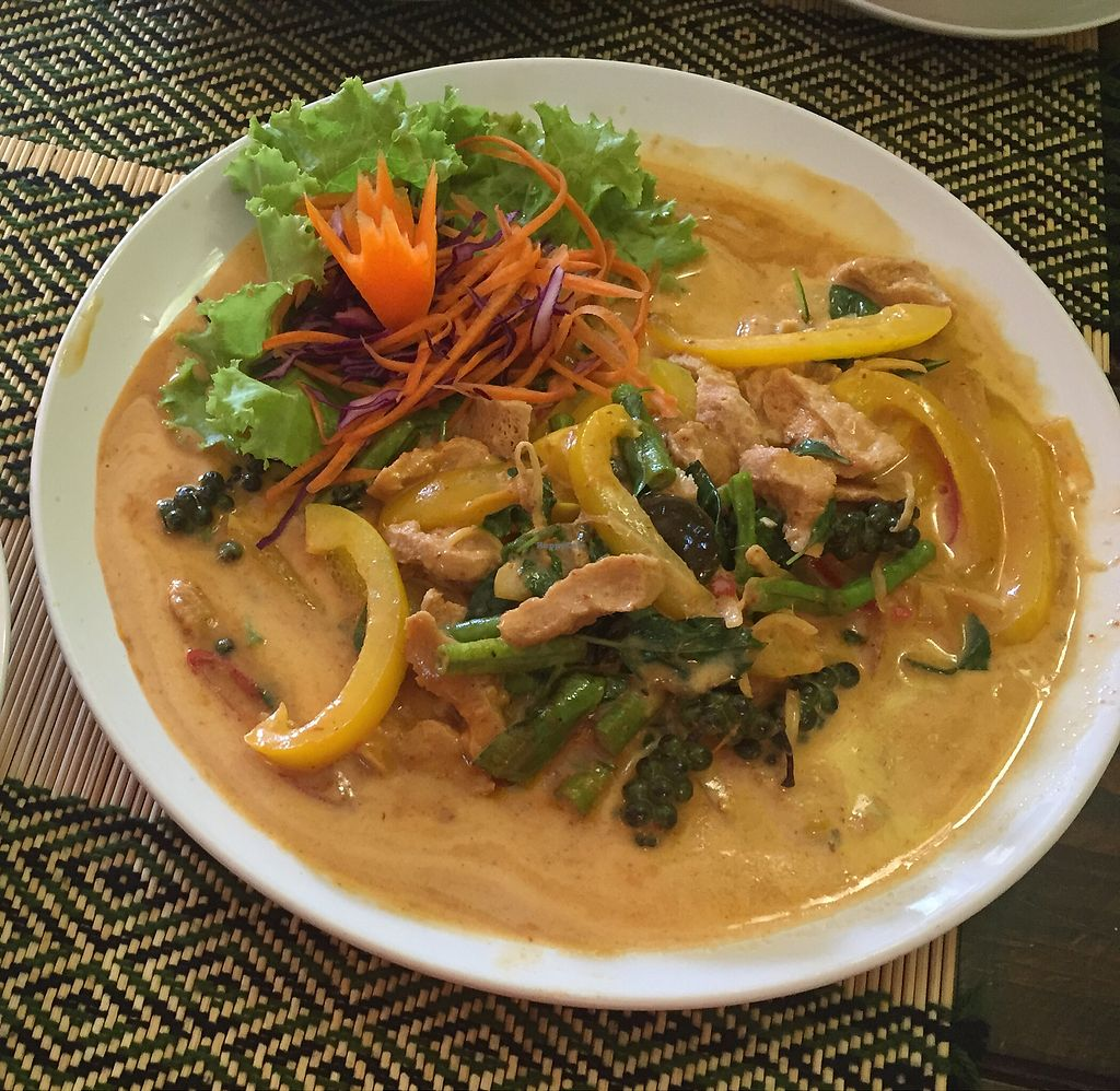 "Photo of Vegan Heaven 2  by <a href=""/members/profile/WanderlustWilma"">WanderlustWilma</a> <br/>I ordered the Spicy Thai dish,  it was delicious,  great flavors!  The spicy cauliflower wings were also very good <br/> July 8, 2017  - <a href='/contact/abuse/image/92072/277780'>Report</a>"
