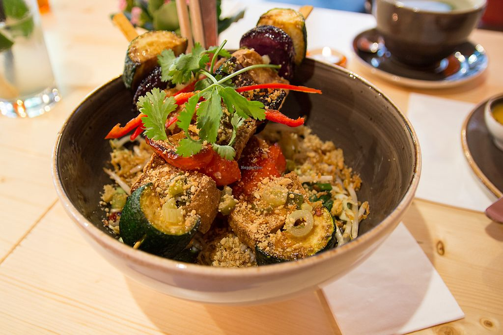 "Photo of CLOSED: L'Atelier  by <a href=""/members/profile/SVEggieSI"">SVEggieSI</a> <br/>Bún chay