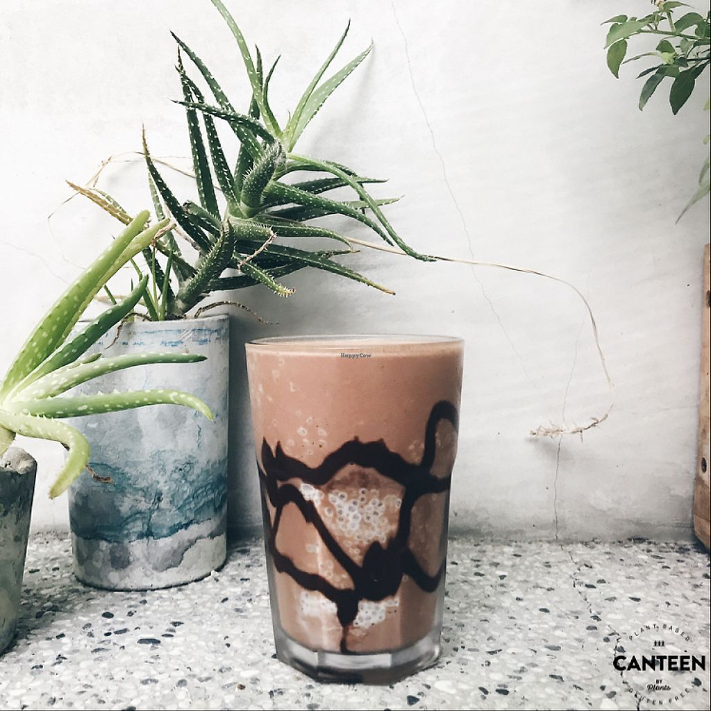 "Photo of Canteen by Plants  by <a href=""/members/profile/plantbased_glutard"">plantbased_glutard</a> <br/>Chocoholic smoothie  <br/> June 4, 2017  - <a href='/contact/abuse/image/92221/265783'>Report</a>"