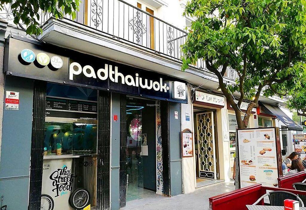 """Photo of PadThaiWok  by <a href=""""/members/profile/community5"""">community5</a> <br/>PadThaiWok Jerez <br/> May 17, 2017  - <a href='/contact/abuse/image/92296/259598'>Report</a>"""