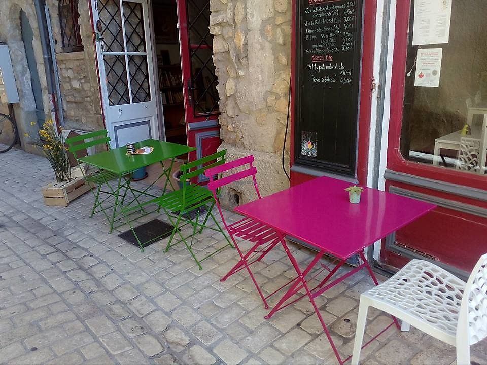 """Photo of L'Epicerie  by <a href=""""/members/profile/MartineGauthier"""">MartineGauthier</a> <br/>La terrasse <br/> June 30, 2017  - <a href='/contact/abuse/image/92348/275034'>Report</a>"""