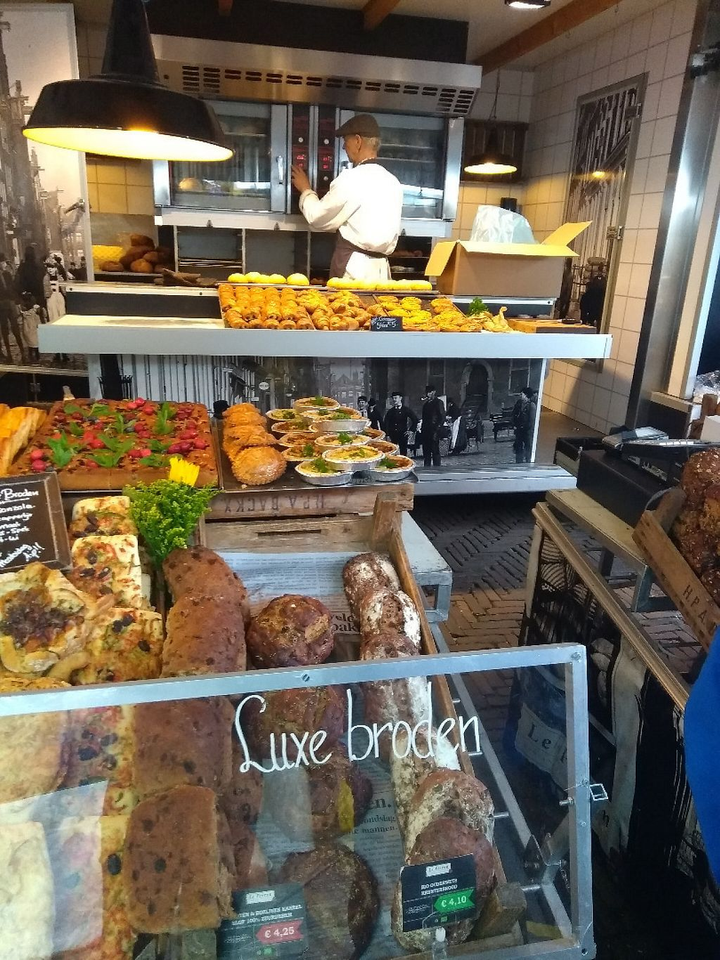 """Photo of Boerenmarkt op de Noordermarkt  by <a href=""""/members/profile/thenaturalfusions"""">thenaturalfusions</a> <br/>Organic Bakery <br/> May 19, 2017  - <a href='/contact/abuse/image/92370/260403'>Report</a>"""