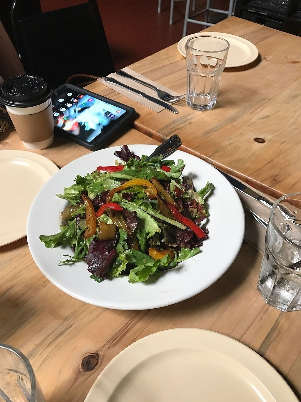 """Photo of Kingston 11 Cuisine  by <a href=""""/members/profile/Tigra220"""">Tigra220</a> <br/>Mixed Green Salad <br/> May 18, 2017  - <a href='/contact/abuse/image/92380/259702'>Report</a>"""