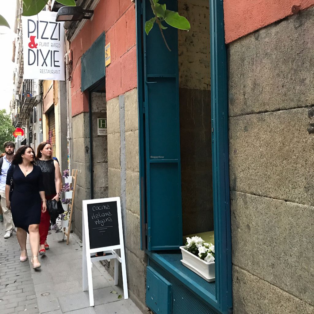 """Photo of Pizzi & Dixie  by <a href=""""/members/profile/aidaceron"""">aidaceron</a> <br/>Vegan pizzeria in Malasaña <br/> May 28, 2017  - <a href='/contact/abuse/image/92445/263293'>Report</a>"""