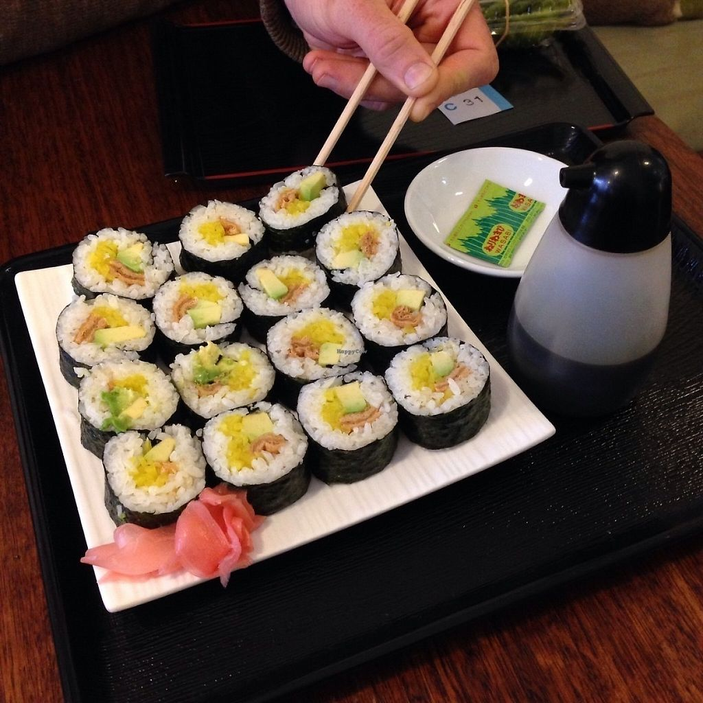 """Photo of Ten Koo  by <a href=""""/members/profile/DebBurgis"""">DebBurgis</a> <br/>Vegan sushi with avocado, pickled veg & marinated tofu <br/> May 20, 2017  - <a href='/contact/abuse/image/92455/260489'>Report</a>"""