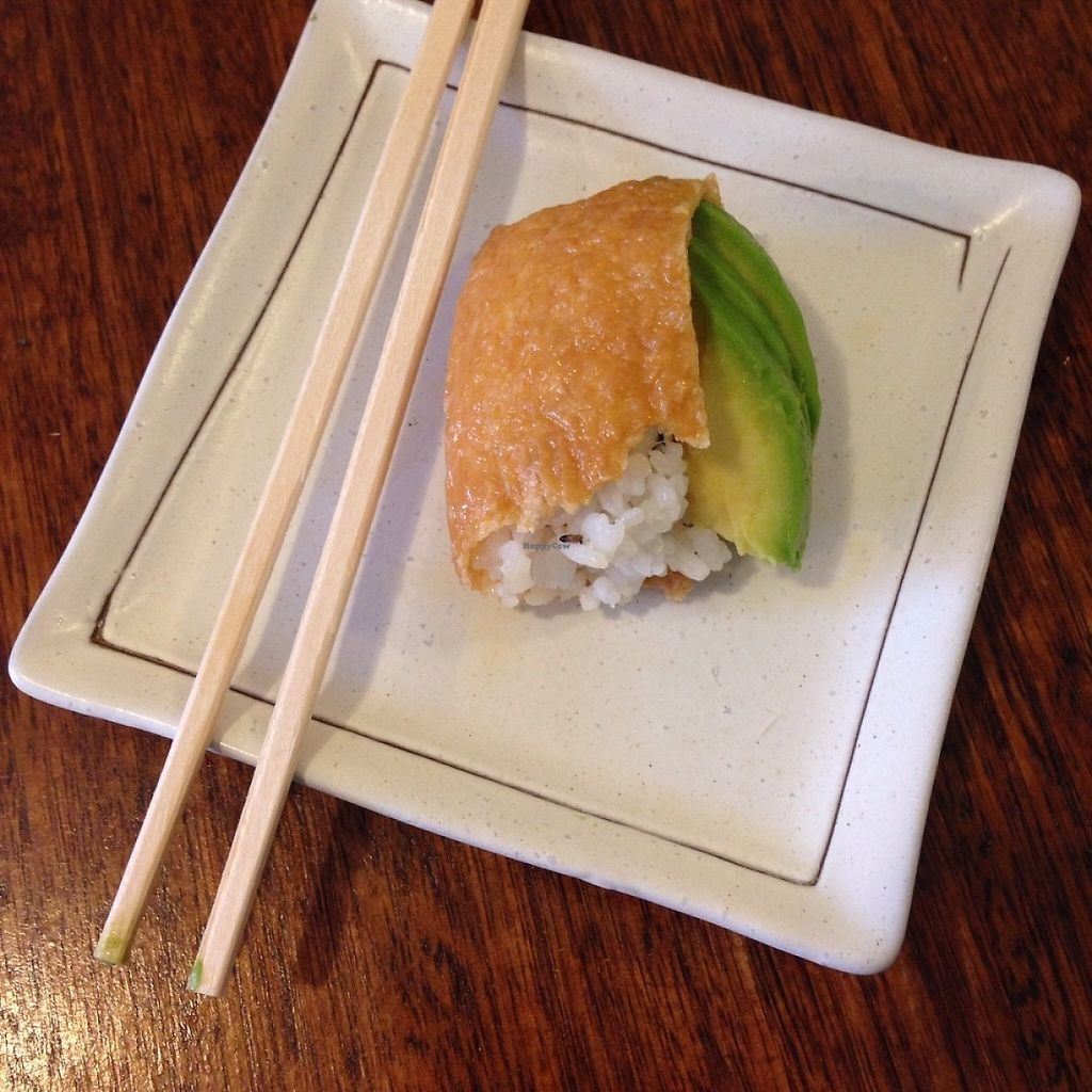 """Photo of Ten Koo  by <a href=""""/members/profile/DebBurgis"""">DebBurgis</a> <br/>Vegan inari (i.e. Bean curd) pockets with seasoned rice, sesame & avocado. Another version with seasoned seaweed on top instead of avocado is available too.  <br/> May 20, 2017  - <a href='/contact/abuse/image/92455/260490'>Report</a>"""