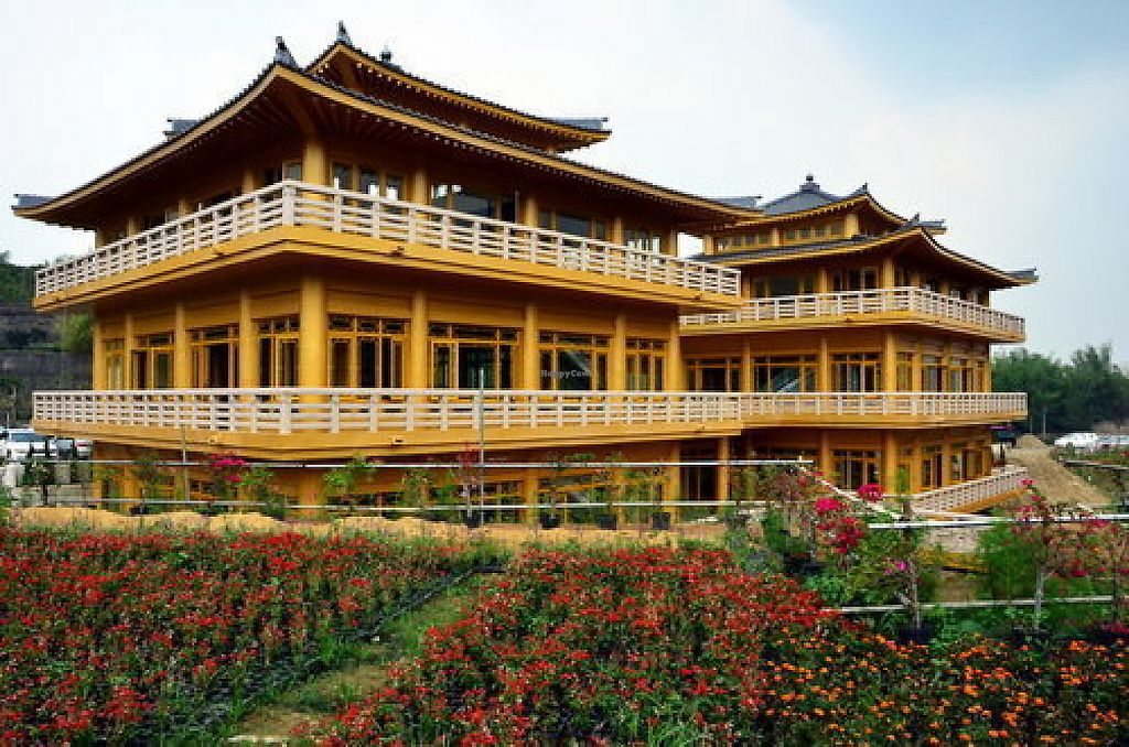 "Photo of Fo Guang Shan Buddha Museum - Waterdrop Tea Houses  by <a href=""/members/profile/youlu"">youlu</a> <br/>The Twin Pavilions (雙閣樓)Waterdrop Tea House is modeled after the Golden Pavilion Temple in Kyoto. The outdoors serve as an ideal spot for ecological classes. The Tea House on the first floor provides dishes including soup noodles, fried noodles, fried rice, flaky scallion pancake, as well as a variety of side dishes.