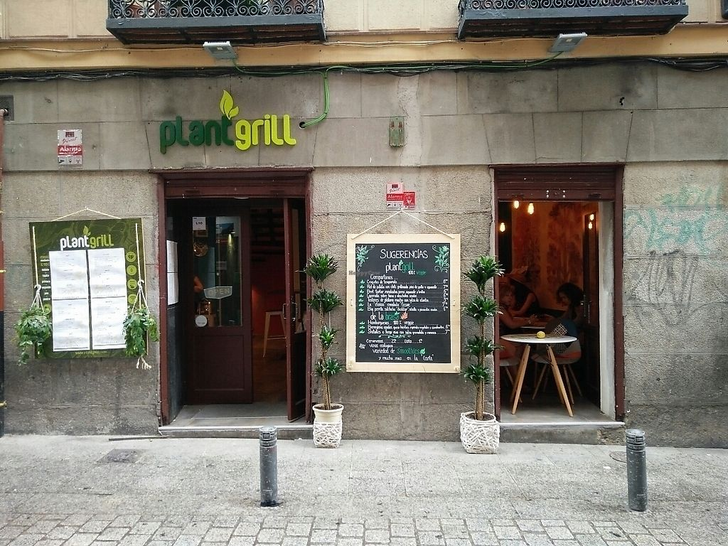 """Photo of CLOSED: Plant Grill  by <a href=""""/members/profile/martinicontomate"""">martinicontomate</a> <br/>view from the street <br/> July 8, 2017  - <a href='/contact/abuse/image/92475/277892'>Report</a>"""