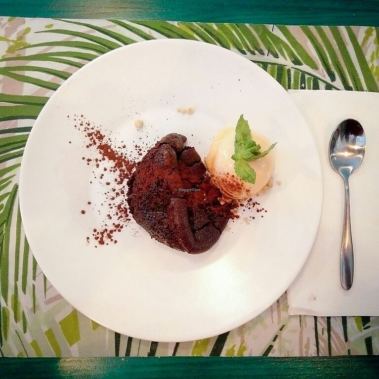 """Photo of CLOSED: Plant Grill  by <a href=""""/members/profile/martinicontomate"""">martinicontomate</a> <br/>coulant with tangerine sorbet <br/> July 8, 2017  - <a href='/contact/abuse/image/92475/277895'>Report</a>"""