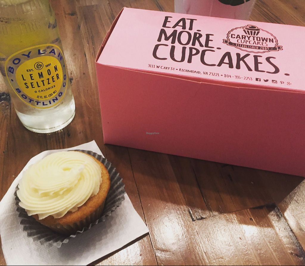 "Photo of Carytown Cupcakes  by <a href=""/members/profile/CyndiClausen"">CyndiClausen</a> <br/>yum <br/> May 21, 2017  - <a href='/contact/abuse/image/92585/261149'>Report</a>"