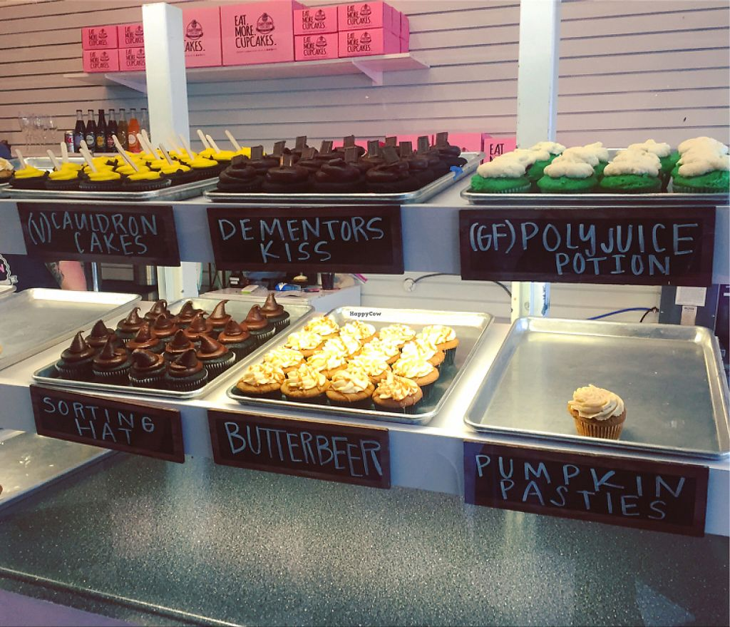 "Photo of Carytown Cupcakes  by <a href=""/members/profile/CyndiClausen"">CyndiClausen</a> <br/>Harry Potter week 1  <br/> May 21, 2017  - <a href='/contact/abuse/image/92585/261157'>Report</a>"