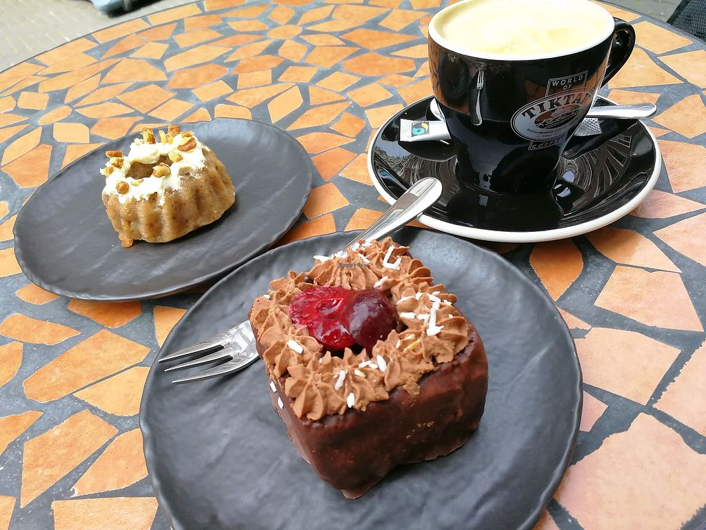 """Photo of More Pastry  by <a href=""""/members/profile/Gudrun"""">Gudrun</a> <br/>More Pastry <br/> September 10, 2017  - <a href='/contact/abuse/image/92596/302900'>Report</a>"""