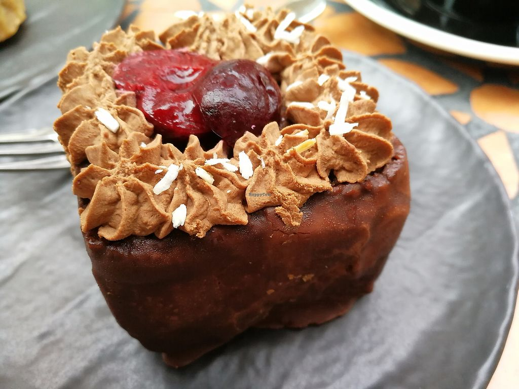 """Photo of More Pastry  by <a href=""""/members/profile/Gudrun"""">Gudrun</a> <br/>More Pastry <br/> September 10, 2017  - <a href='/contact/abuse/image/92596/302902'>Report</a>"""